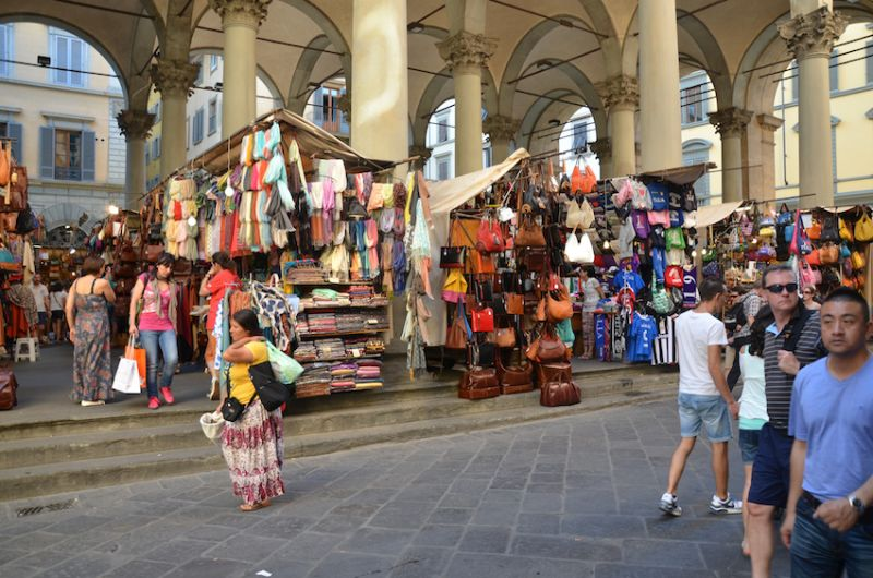 24-Time-to-explore-the-street-markets