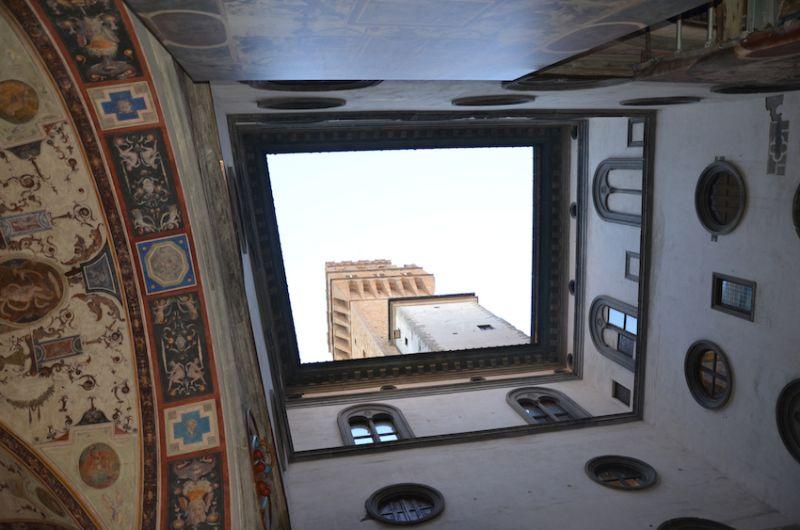 29-Torre-d-Arnolfo-at-the-Piazza-della-Signoria